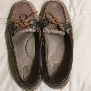 Sperry boat shoes